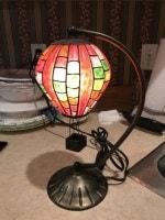 tiffany style brass base ballon table lamp-min
